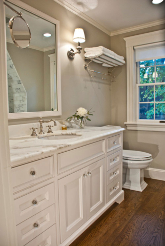 White bathroom vanity with Quartz Countertop